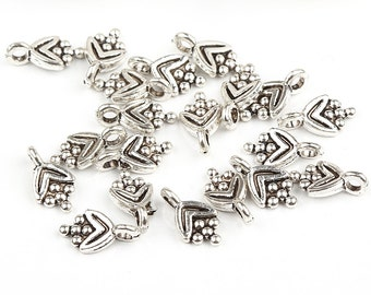 Mini Grape Charms, Silver Plated, 20 pieces // SPCh-057