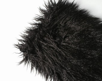 "fake fur macbook pro 15 inch Sleeve, Macbook Case cover, faux fur, fluffy, laptop bag, macbook  pro - ""Fluffy_black lama"""