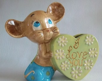 Adorable I Love You Vase - Blue Eyed Mouse - Kitschy Anthropomorphic Cute - Vintage Home Decor