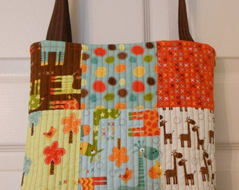 SALE - Tote Bag, Quilted Tote Bag, Young Girls Tote Bag, Diaper Bag with Giraffs, Poolside Tote