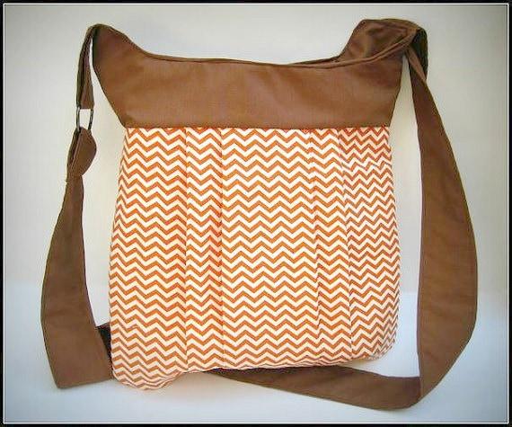 Chevron Bag in Caramel and Brown / purse / crossover shoudler bag / messanger bag