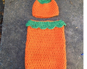 Pumpkin cocoon and hat