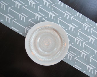 Arrows Table Runner in White on Grey