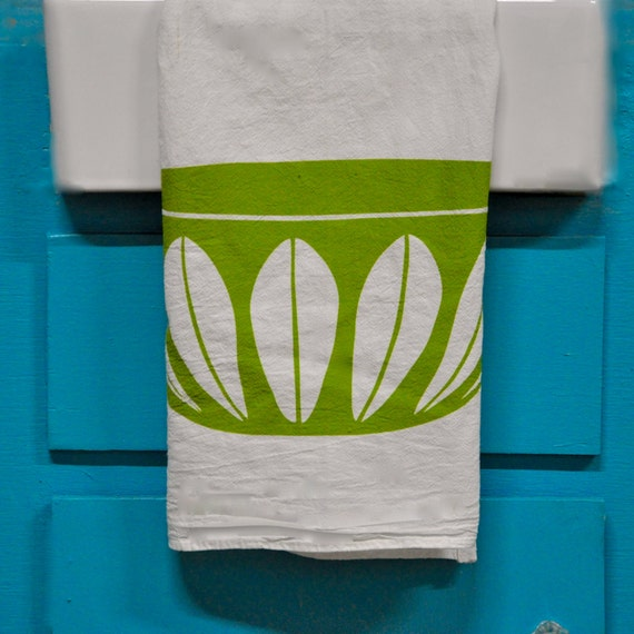 Catherineholm Lotus Bowl Tea Towel: Avocado Green