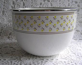 M. Kamenstein Metal Floral Bowl, Made in Taiwan, Retro Serving Bowl
