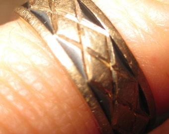 Gold Wedding Band Vintage Gold 14K Enameling Enamel Diamond Shaped Design Yellow Gold Wedding Band Wedding Ring size 6 GWR Deco Mid Century