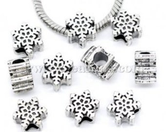 4 Pieces Antique Silver Snowflake European Charms