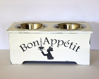 elevated dog feeder, 10 inches tall, bon appetit, 3 quart stainless steel bowls