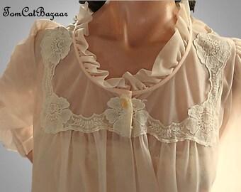 Vintage Peignoir, Nightgown Robe, Light Peach, Nylon Lace Peignoir, Double Chiffon, Deena California, Peignoir Set, Medium, Mad Men Pegnoir