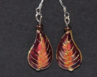 A Set of Cloisonne and Beaded Earrings - Purple Leaves