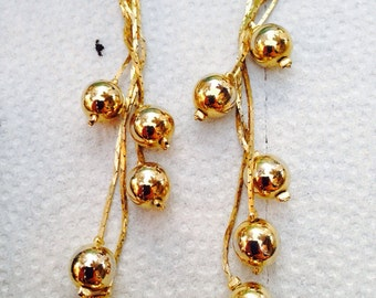 Blast from the past - gold dangle earrings