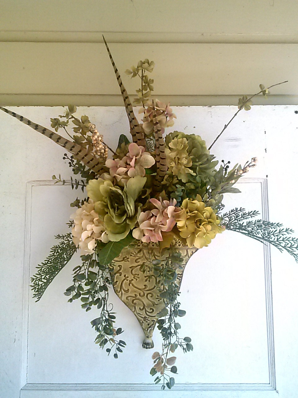 Flower arrangement artificial greenery floral wall hanging