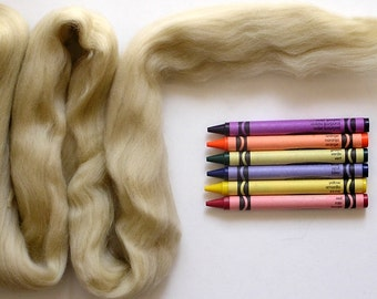 MERINO WOOL ROVING / Parchment 1 ounce / merino wool top for wet felting, needle felted animal fur, wool dreads, infant photography props