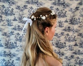 Flower crown, Bridal Flower Tiara, Bridal Halo, Roses Hair Wreath,  Bridal Hair Accessories, Headpiece, Gold Berries, White Roses and Pearls