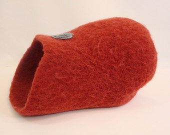 Small felted wool kitty cave with optional knitted mouse