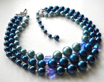 Luminous Blues!  Triple strand Vintage Beaded Necklace c1950
