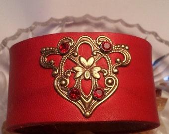 Leather Cuff Red Elegance