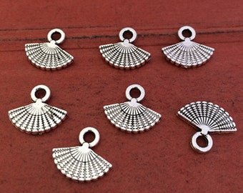 40pieces 13x12MM  small fan Charm   -  antique silver charm pendant  Jewelry Findings