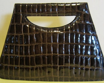 Vintage leather sixties handbag. moc croc pattern, but leather!!  brown, near mint