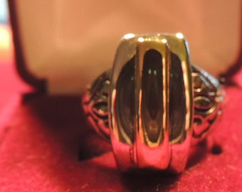 Vintage Premier Designs Silver Gold Plated Enamel Ring