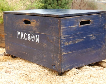 Distressed Wooden Crate Rolling Toy Chest/ Large Storage Box/Toy Storage