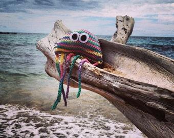 Small Knit Jellyfish