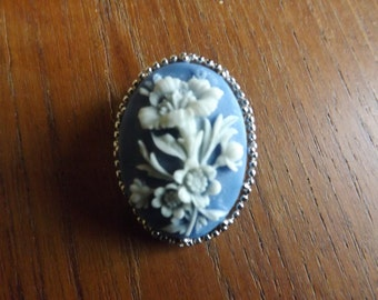 Trifari Pin - Flowers on Blue
