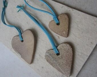 3 Ceramic Hearts