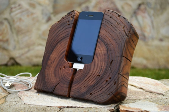 super sale holz iphone 45 docking station holz iphone stand. Black Bedroom Furniture Sets. Home Design Ideas