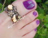 Big Toe Ring - Light Smoke Topaz Crystal - Bronze Metal - Stretch Bead Toe Ring