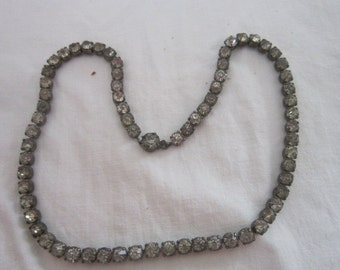 Vintage White Rhinestone   Tennis Necklace