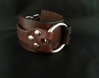 O-ring leather cuff, Steampunk cuff