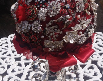Brooch Bouquet, Royal Red