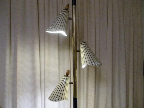 sale vintage 1950 39 s 1960 39 s pole lamp tension lamp metal cones. Black Bedroom Furniture Sets. Home Design Ideas