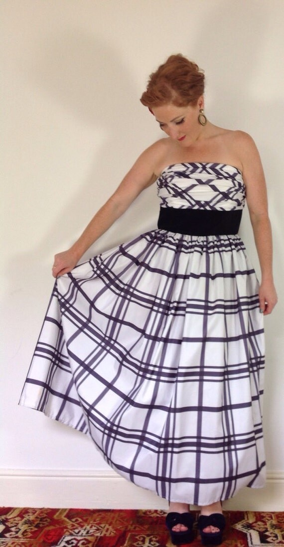 Vintage dress tartan ballgown black white plaid checkered strapless monochrome tartan evening gown uk14 16 ballgown VLV 1950s style party