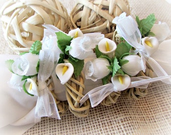 Spring Easter Napkin Rings, White Calla Lily & Rose Napkin Rings, Rustic Flower Wicker Napkin Rings, Easter Spring Table Decor Decoration
