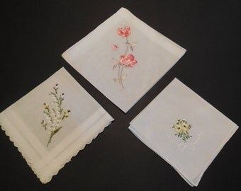 LIQUIDATION SALE- Vintage Handkerchief Set- 3 Pure White Hankies, Colorful Spray of Floral Embroidery Excellent Condition Vintage Hankies