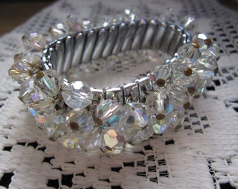 Vintage, Retro, Mid Century  Hollywood Regency Expanding  Aurora Borealis crystal bead bracelet - estate find!