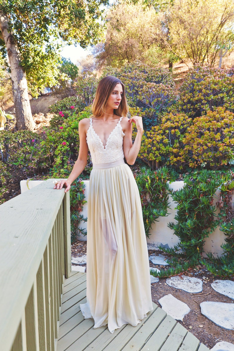 Simple Hippie Wedding Dresses Backless Wedding Dress