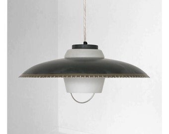Fantastic Danish vintage lamp from the mid century, produced by Lyfa