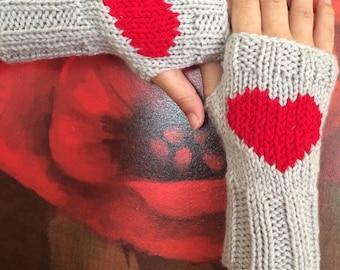 Grey heart gloves, Grey  gloves, handmade gloves.