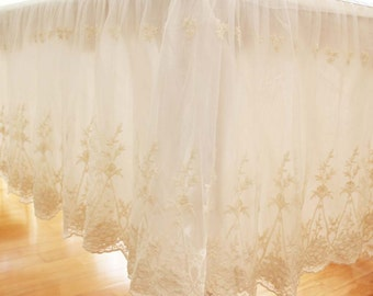 Ivory Lace Ruffle Tablecloth