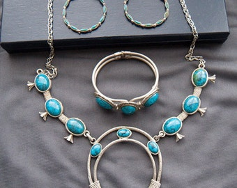 Vintage Necklace, bracelet and earrings set