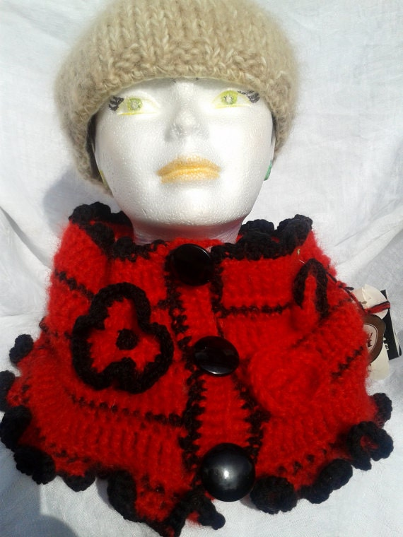 Vibrant Red & Black Cowl Flowered Ruffled Mohair Neck Warmer Wool Handmade Passion Retro 60's Black Varnished Buttons  #SophieLadyDeParis