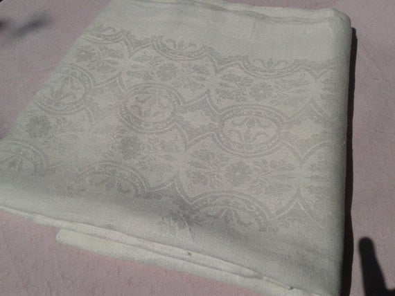 Victorian White Damask Tablecloth Long French Handmade Thick Cotton 10/12 pers Red Crucifix Embroidered #sophieladydeparis