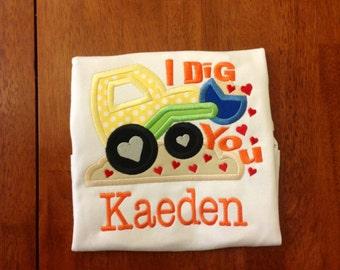 I Dig You Applique shirt. Great boys Valentine shirt, Boys Valentine outfit, Boys Valentine shirt, Boy applique shirt