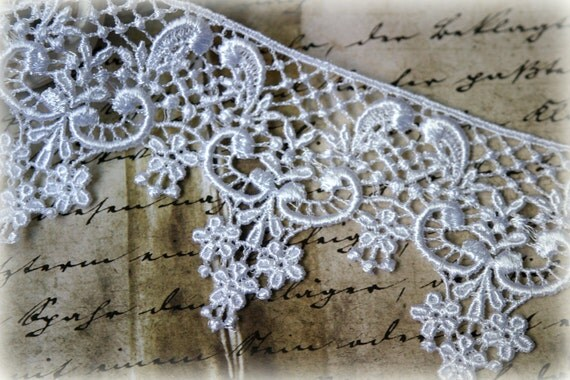 White Venice Lace Trim for Appliques, Altered Art, Costumes, Lace Jewelry, Headbands, Sashes, Sewing, Crafts GL-112