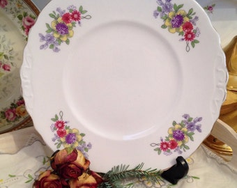 Vintage Cake Plate by Crown Regent in English Bone China with flower sprig pattern. CP023