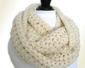Oversized Knit Scarf Cream Infinity Scarf Oversize Loop Scarf Crochet Cream Infiniti Scarf Cowl Women Scarves Winter White Infinity Scarf