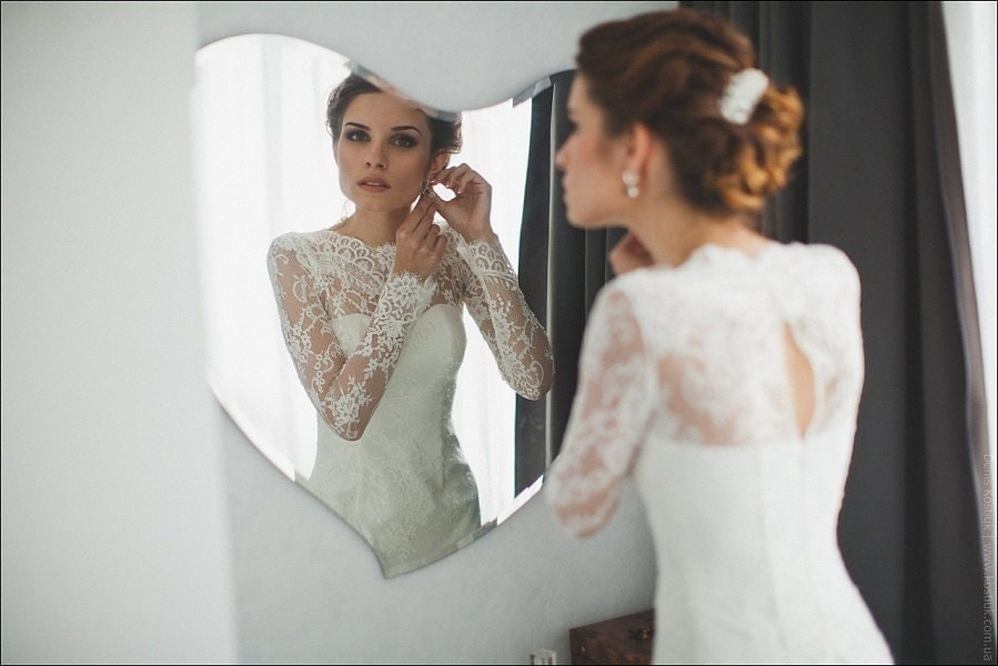 Fitted Style Lace Wedding Dress With Long Lace By